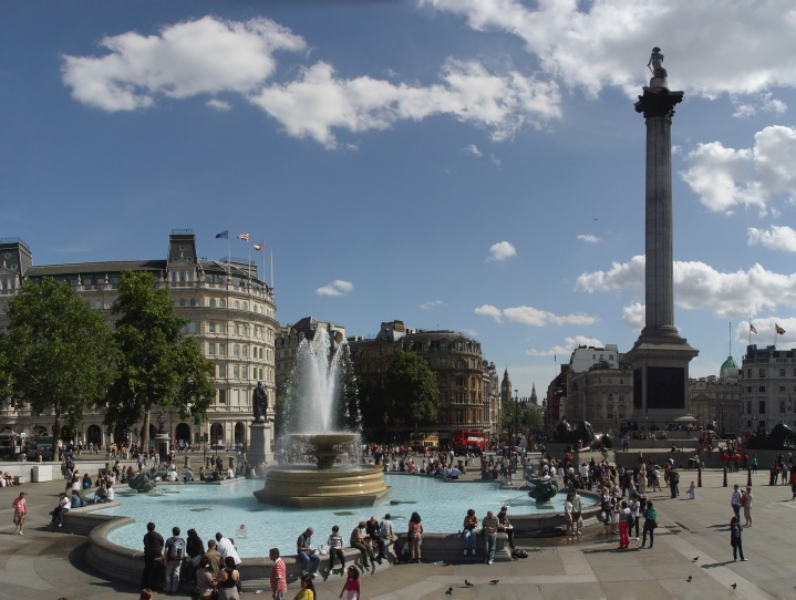 http://alex-cool.com/wp-content/uploads/fountain_trafalgar_square.jpg